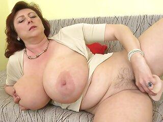 ખૂબસૂરત tits